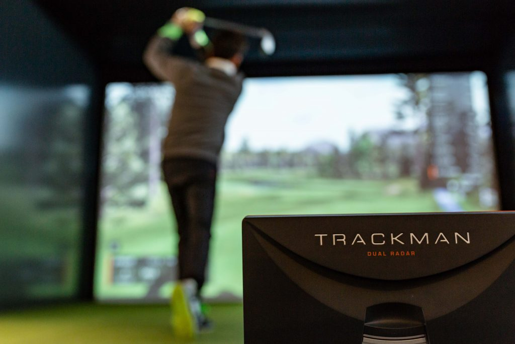 neospace | Trackman Golf Simulator